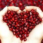 use pomegranate oil to help with dry winter skin
